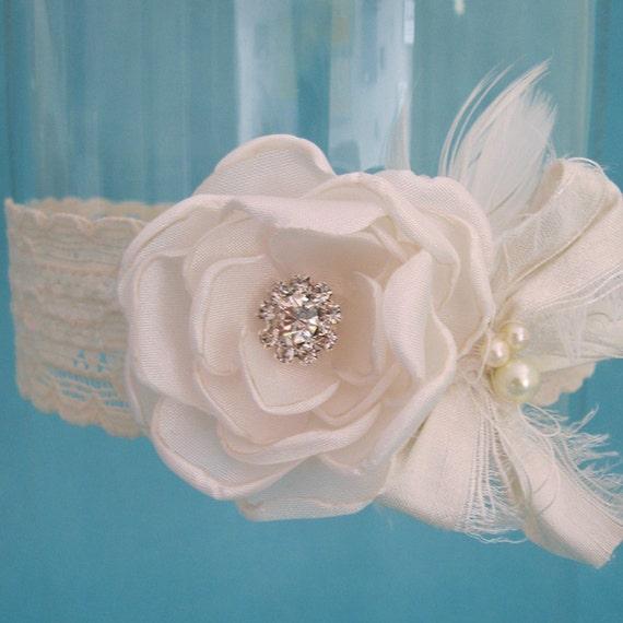 Wedding Garter Ivory garter, lace garter, bridal garter I221, bridal garter accessory, garter