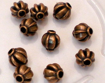 20 Lined Pumpkin Beads in Antiqued Copper Tone, Lead/Nickel Free Base Metal Beads, M0440-AC