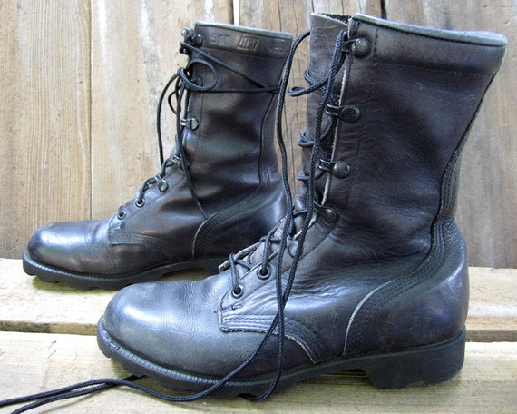 vintage 1980s black leather COMBAT boots military GRUNGE lace up ankle boots womens 7 1/2 8 work BROKEN in punk metal goth biker