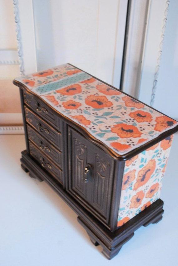 Refurbished Vintage Jewelry Box - Large Brown