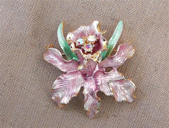 ON SALE was 30.99 Vintage Graziano FLower Pin