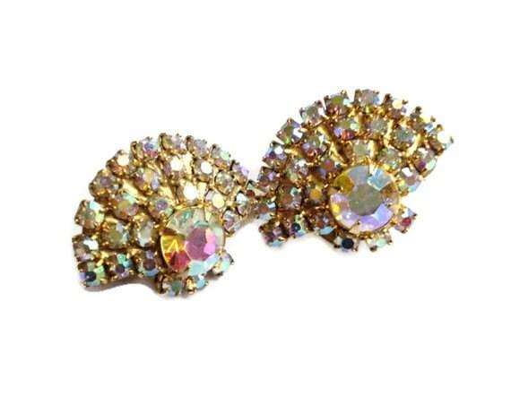 SALE Vintage Earrings JULIANA  Aurora Borealis Rhinestone Earrings Fan shaped 1950's Elegance