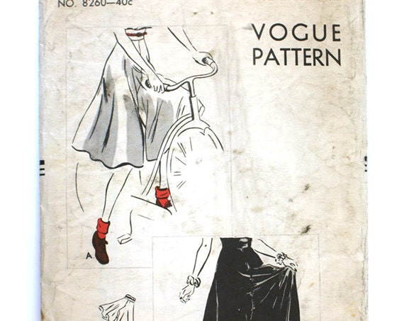 Rare Vogue 8260 1940s Misses Divided Skirt Pattern Culottes Palazzo Gaucho Pants Vintage Sewing Pattern Waist 32 Large 40s