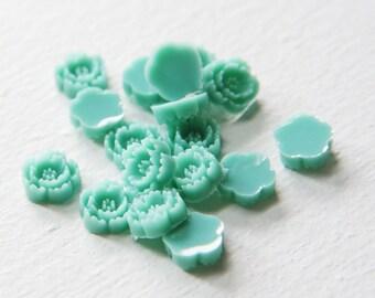 10pcs Acrylic Flower Cabochons- Turquoise 10mm (6F13)