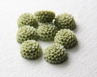 10pcs Acrylic Flower Cameo Cabochons-Green Tea 15mm (20F24)