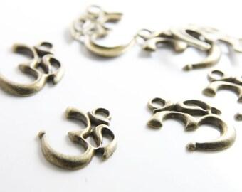 12pcs Antique Brass Tone Base Metal Charm - om ohm aum charms yoga meditation 28x23mm (15725Y-J-175B)