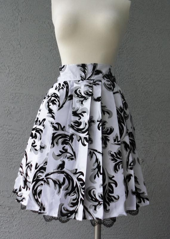 Pleated Knee Length Skirt Silver And Black Velvet Flocked Taffeta 50s Style With Side Pockets