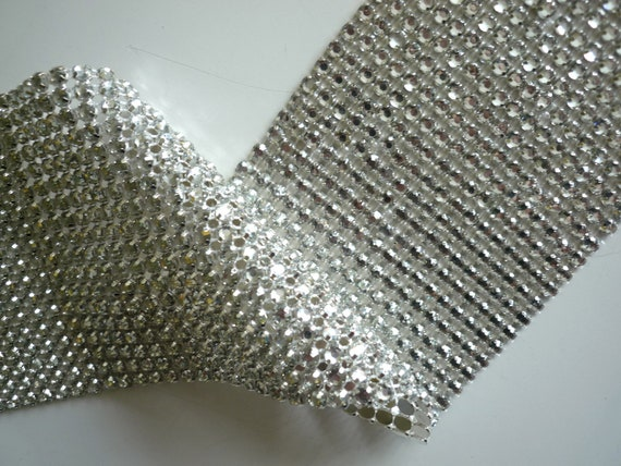 PRINCESS Rhinestone  Banding, Trim  /  Clear  w/ Flat Silver Back / 18 rows /  22 inches  / PCC1822