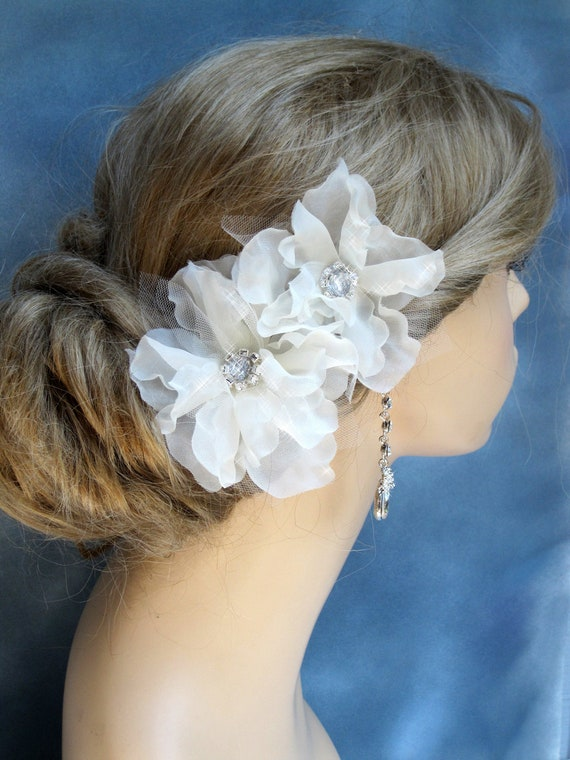 Bridal Hair flowers, Bridal  Hair accessories , Wedding  Hair Fascinator, Bridal facinator, Light Ivory