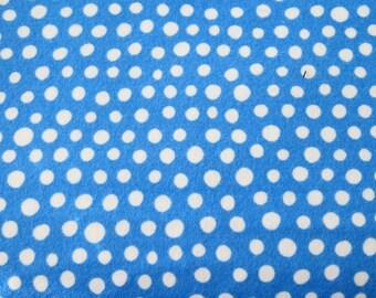 1 yard Robert Kaufman blue dot flannel