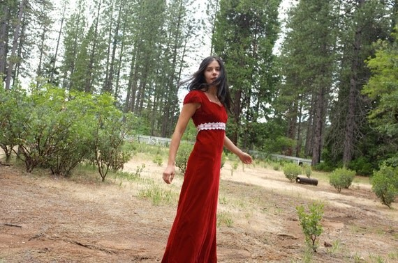 Vintage Red Velvet Empire Waist Lace Dress