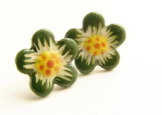 Moss green stud earrings, Vintage olive flower studs, sakura daisy post earrings mustard, olive orange flower studs