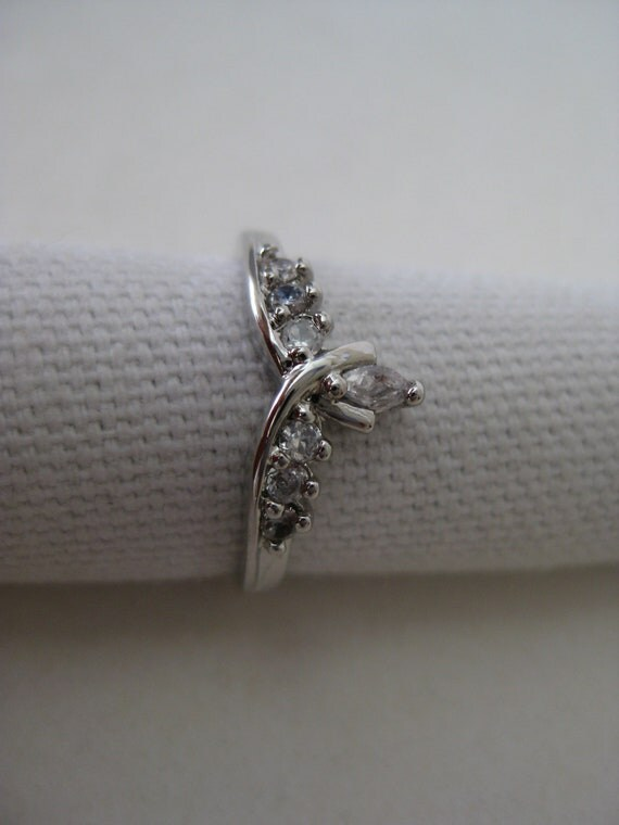 Silver Rhinestone Ring Clear Vintage Size 8 1/4
