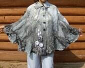 Sample - Wool Felted Capelet OOAK grey warm soft autumn winter fall felt women accessory unique romantic feminine shoulderwarmer