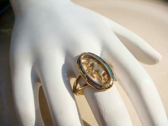 Vintage gold Unicorn Ring with blue accent size 7
