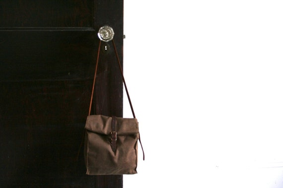 Dark Brown Waxed Canvas Lunch Bag with Removable Shoulder Strap