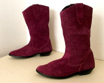 Awesome Purple Suede Western Fashion boots with low heels size 7.5 M to 8 M