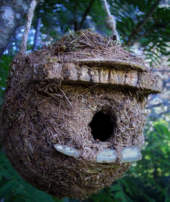 Rustic Handmade Birdhouse,  FREE Shipping,  bearpawrustics original