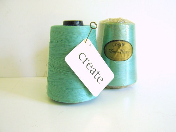 Natural Cotton Thread Cones / Vintage / Craft Supply / Scrapbook / Embroidery/ Turquoise