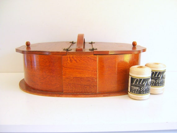 Antique Sewing Box - Maple - 1940s - Craft - Storage - Sewing Basket