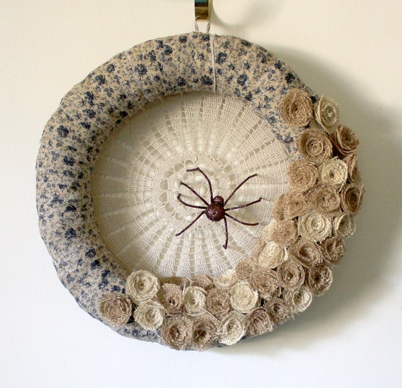 Spider Wreath, Halloween Wreath, Country Wreath, Fabric and Burlap Wreath, 14 inch size