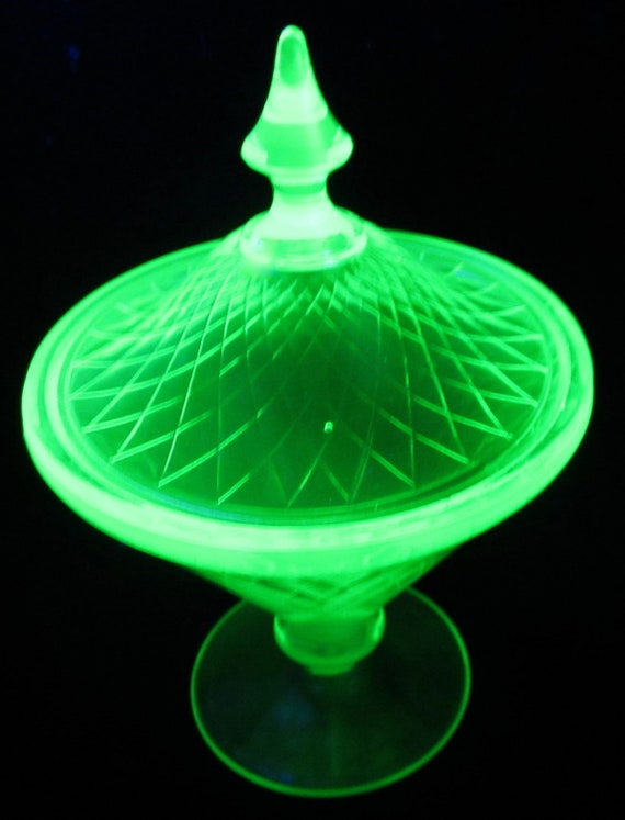 Green Depression Glass Footed Candy Dish Diamond Vaseline Lid Hex Elegant