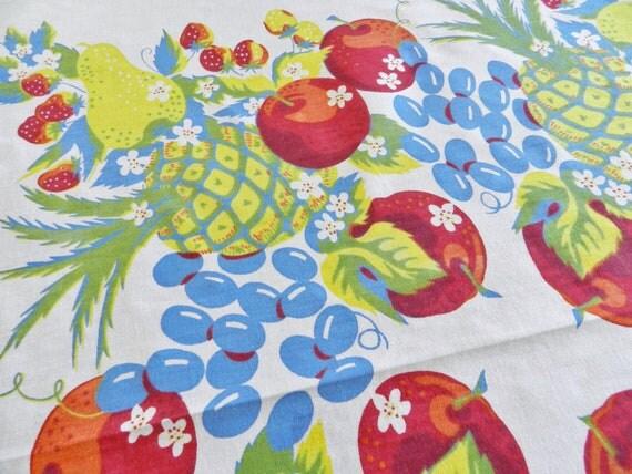 Vintage Bright Cottage Fruit Tablecloth