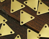 50 Pcs Raw Brass Triangle Charms 3 Holes (9 X 10 Mm) Brs 621 ( A0051 )