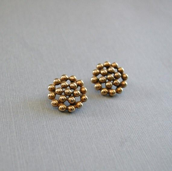 vintage earrings / round gold earrings / Brassy Buckeshot earrings