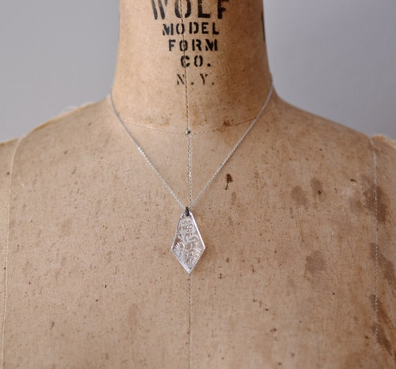 vintage necklace / clear glass / Etched Icicle pendant
