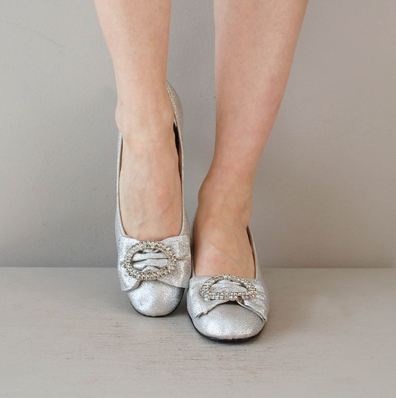 60s mod shoes / metallic silver 1960s heels / Sparkle Toes
