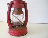 Rustic Red Elgin Oil Lantern