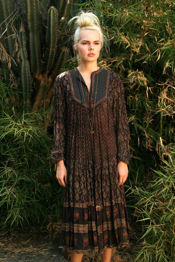 Vintage 70s Indian Gauze Dress with Quilted Detail