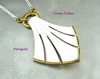Trifari Necklace Pendant White Gold tone