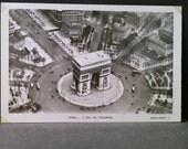 FRANCE- The Arc de Triomphe in Paris, France.( Photo Era 1915- 1930 ). Unused Postcard Item 21d