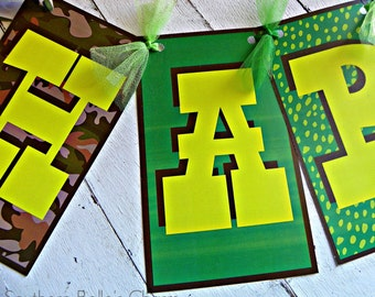 Alligator Encounter Name Banner...Set of 1 Name Banner up to 5 Letters