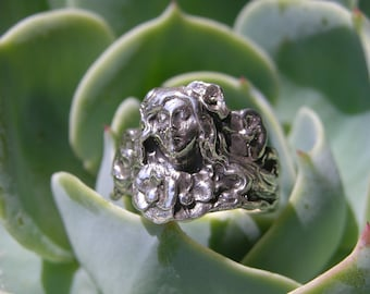 Sterling Silver Girl in the Garden Ring