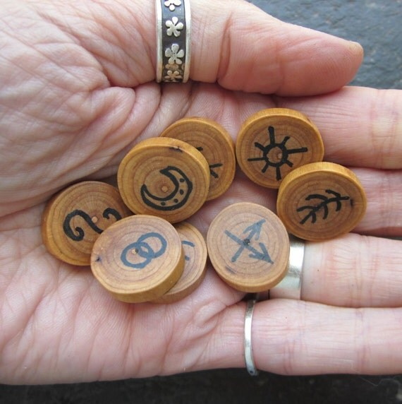 "Pocket Sized, Natural - Ivy - Wood ""Witch's Runes"" for Easy Divination."