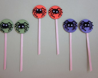 HALLOWEEN:  Super Cute Fuzzy Googly Eyed and Fuzzy Spider Halloween Cupcake Toppers
