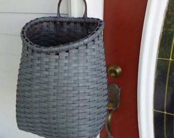 Primitive Front Porch Basket