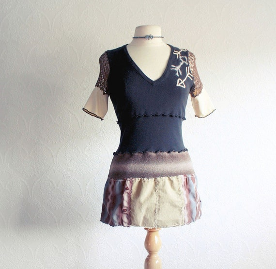 """Women's Black Top Upcycled Shirt Tribal Arrows Brown T-Shirt Recycled Fabric Fall Eco Fashion Boho Clothing Small 'SALLIE"""""""