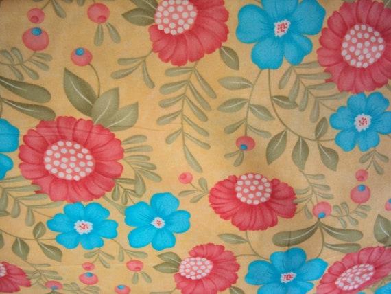 Daffodil Garden Fabric - Daffodil Lovely  -  Moda - 1 7/8 yd