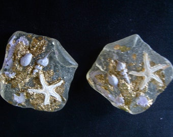 Rare 80s DEEP SEA Resin Earrings With Starfish And Shells Purple LAVENDER 1980s