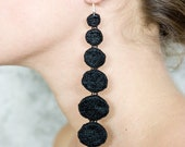 Lace earrings - Dots - Black or ivory