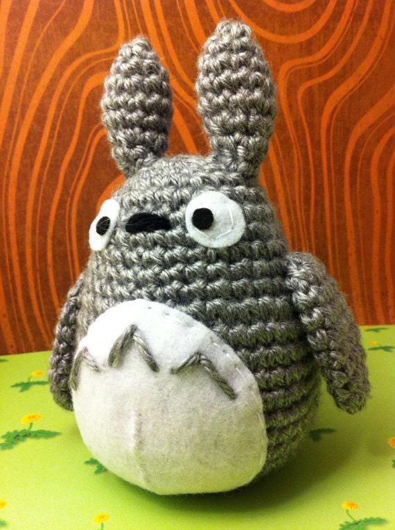 Free Amigurumi Wedding Couple Pattern : PDF Totoro Amigurumi Crochet Pattern by MalonB on Etsy