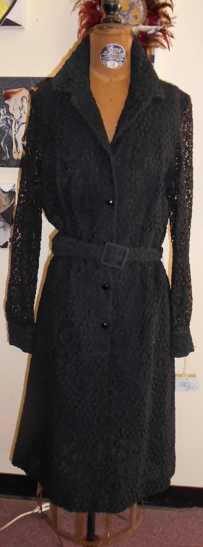 """1970's, 36"""" bust, heavy black cotton lace shift"""