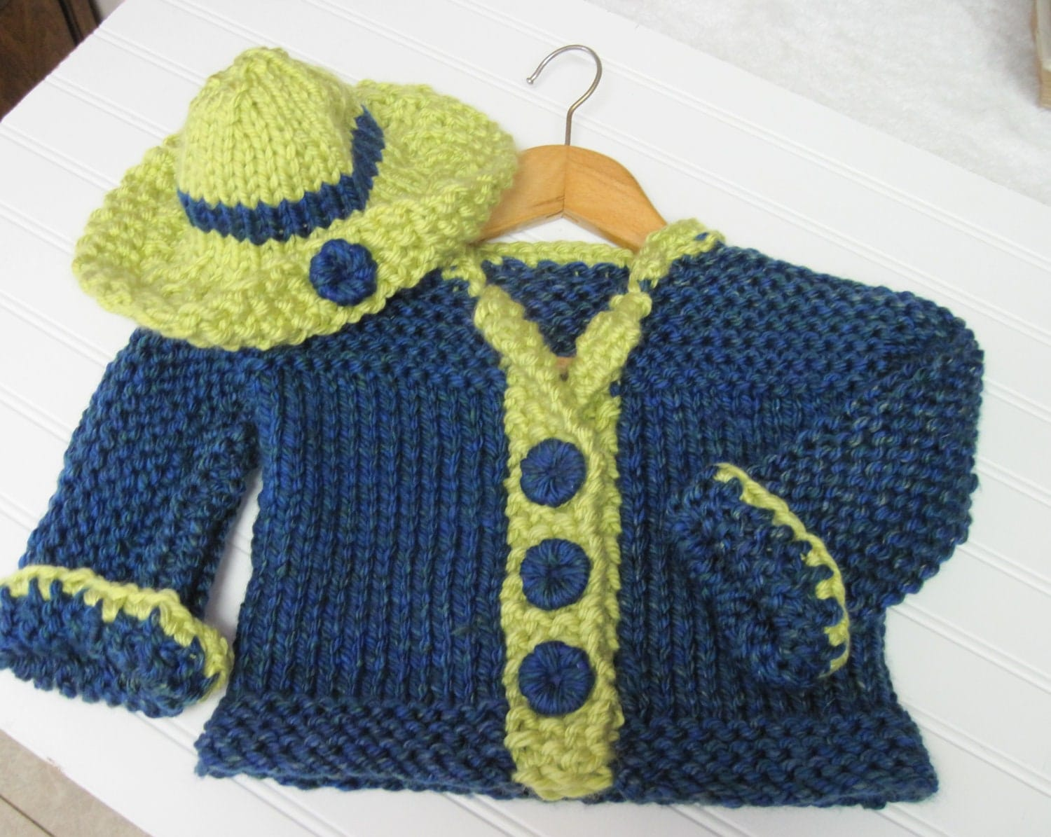 Child s Knit Hat Pattern Bulky Yarn : Toddler Jacket and Hat in Bulky Knit Pattern Child by ...