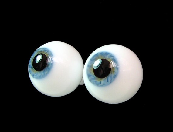 "14mm pair of German Blown Glass Eyes in ""Summer Sky"""