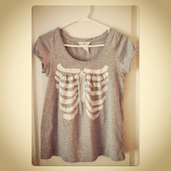 Babydoll Skeleton Ribcage gray white hand stenciled cap sleeve t shirt OOAK upcycled fits S M