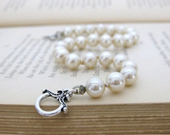 Vintage Pearl Bracelet Ivory Antiqued Silver Keepsake Toggle